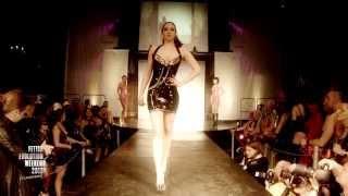 getlinkyoutube.com-Lovely Latex by Brigitte More @ Fetish Evolution Weekend 2013