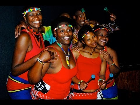 Ghana traditional music female singer in Accra ( Ghana high life ) music