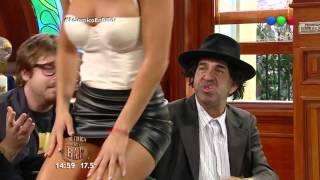 ¡El baile hot de Noelia Marzol! - Polémica en el Bar