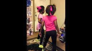 getlinkyoutube.com-My girls dancing to 7 11 by beyonce!