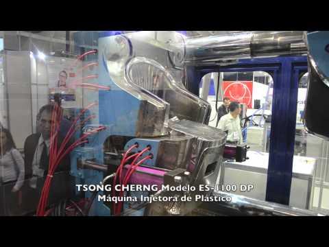 Máquina Injetora de Plástico TSONG CHERNG ES-1100 DP (Duas Placas) na Feiplastic 2013