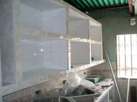 Escuchar Construccion De Cocina Empotrada En Concreto Y Ceramica ...