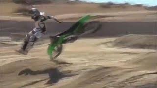 getlinkyoutube.com-Many ways of How NOT to ride a Dirt Bike