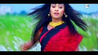 getlinkyoutube.com-Tumi Bacha Mora New Bangla HD Music Video Singer Akash & Mouri Cast SM Eliyas
