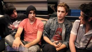 getlinkyoutube.com-All Time Low vs The Summer Set: Artist On Artist