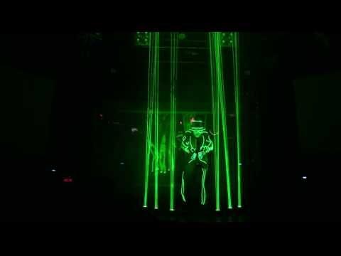 Luxy Nightclub - Tron light dance show