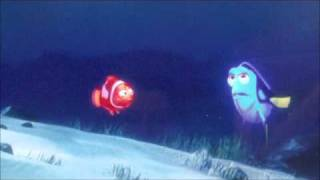 getlinkyoutube.com-Finding Nemo (Greek) Marlin-Dory first meeting.wmv
