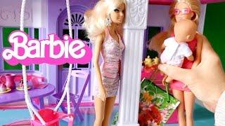 getlinkyoutube.com-Кукла Барби смотрит за ребенком Штеффи, Barbie and new mini Baby Born,  серия 36 Барби на русском