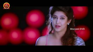 getlinkyoutube.com-Naga Shourya & Sonarika Romantic Lip Lock - Jadoogadu Movie Scenes
