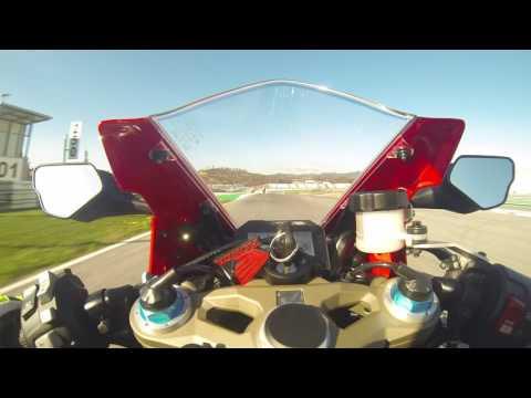 McGuiness e a nova Honda CBR1000RR<br />Fireblade SP em Portim�o