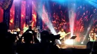 getlinkyoutube.com-Dil se - A R Rehman Live NH7 Pune