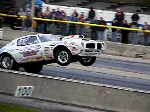 Super Stock Firebird Wheelie 2