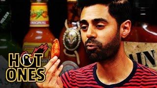 getlinkyoutube.com-Hasan Minhaj Has an Out-of-Body Experience Eating Spicy Wings | Hot Ones