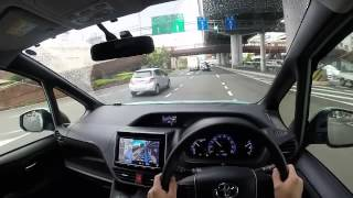 getlinkyoutube.com-VOXY Hybrid 運転
