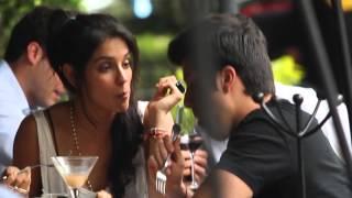 getlinkyoutube.com-¡Bárbara de Regil se come a su novio!
