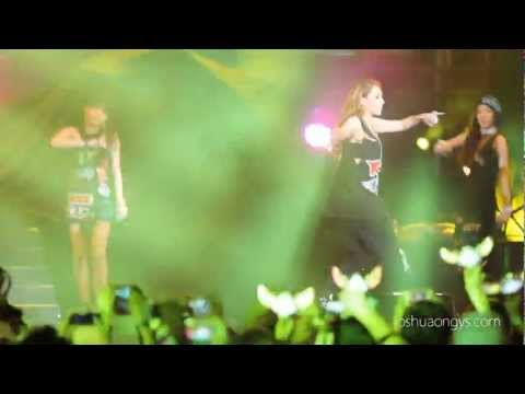 [HD] Can't Nobody - 2NE1 at 2013 Twin Towers Alive Concert