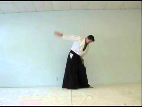 Metodo de instruccion individual para la caida de hoja frontal en Aikido