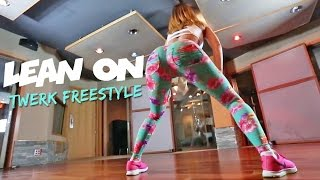getlinkyoutube.com-Major Lazer & DJ Snake - Lean On feat. MØ (Twerk Freestyle) | LexTwerkOut
