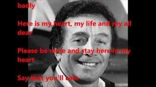 Al Martino  sings