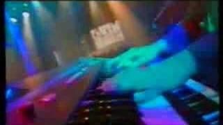 getlinkyoutube.com-Cardiacs - The Duck and Roger The Horse