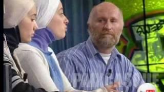 getlinkyoutube.com-Deux filles musulmanes pratiquantes et leur père Juif  1/4
