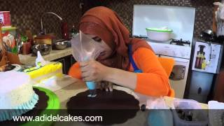 getlinkyoutube.com-Cara Menghias Cake dengan butter cream (Renda) - How to make ruffle with buttercream