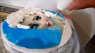 getlinkyoutube.com-Bolo da Elsa (Frozen) -Trança feita com chantilly e papel de arroz # 22 Angelica Mendes