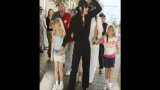 getlinkyoutube.com-Michael, Prince, Paris and Blanket Jackson *Rare Pics 2*