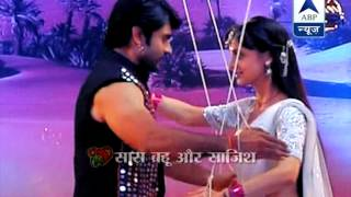 getlinkyoutube.com-Rang rasiya 's Rudra and Paro danced together