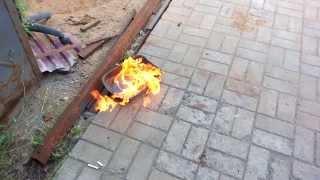 бросание горящих окурков в 95й бензин
