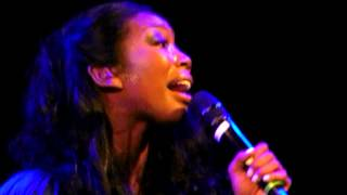 getlinkyoutube.com-Brandy- Almost Doesn't Count LIVE @ The Howard Theater In DC 2012 BEST QUALITY (ACAPELLA)