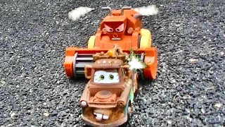 getlinkyoutube.com-Disney Cars TRACTOR TIPPING FUN 2! Mater - Pixar Cars - Kids Movie - The Cars