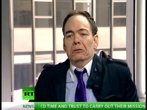 Keiser Report: Vicious Circle of Bankster Huddles (ft. Matt Taibbi) (E277)
