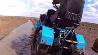 getlinkyoutube.com-Проходимость Мини трактор переломка 4х4
