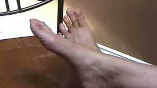 getlinkyoutube.com-Nice Toe Wiggling
