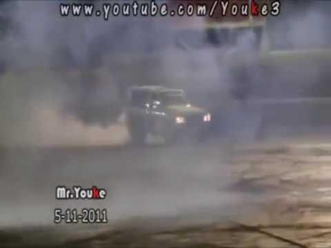 Carros, manobras e competições em Dubai - (carros, turbo, cavalo de pau, competições, manobras)