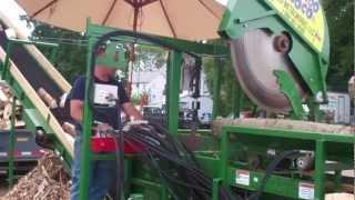 getlinkyoutube.com-firewood processor- Woodbine Rapido Loco 20 from CRD Metalworks at the Three County Fair, 2012