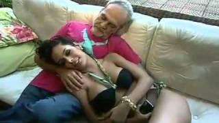 getlinkyoutube.com-Larisa Riquelme and old man