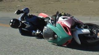 getlinkyoutube.com-Crash - Sport Bike Hits Harley