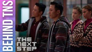 getlinkyoutube.com-The Next Step - Behind the Scenes: Gemini Tries to Steal Alfie (Season 4)