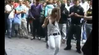 getlinkyoutube.com-احلى رقص على مهرجان المكنة اوكا واورتيجا 2013 OKA 8% db