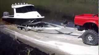 getlinkyoutube.com-R/C Aluminium Fishing Boat with Proboat Outboard