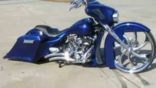 getlinkyoutube.com-Custom Cycles LTD 30 inch big wheel bagger Harley Davidson Street Glide