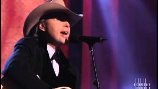 getlinkyoutube.com-Blue Eyes Crying In The Rain (Willie Nelson Tribute) - Dwight Yoakam - 1998 Kennedy Center Honors