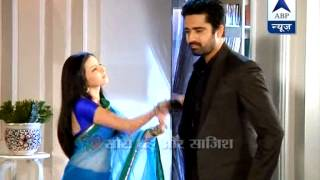 getlinkyoutube.com-A moment of love between Aastha and Shlok