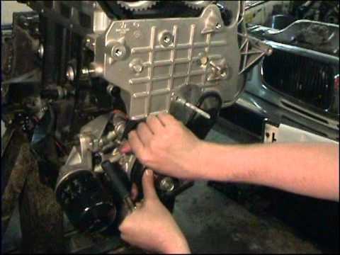 Расположение у Dodge Caravan ремня грм