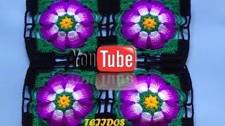 getlinkyoutube.com-flor lila para colcha tejido a crochet
