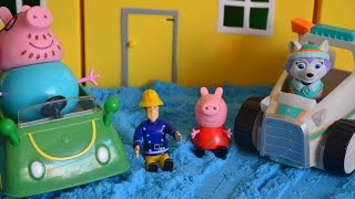 getlinkyoutube.com-NEW Peppa Pig English Episode Fireman Sam Paw Patrol SNOW DAY ANIMATION