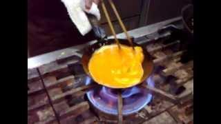 getlinkyoutube.com-ビストロ山形 ふわふわとろとろオムレツ 2010 Cooking Omelette Skills, Techniques