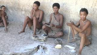 getlinkyoutube.com-San People - Bushmen (Ju/'Hoansi-San) - Making fire & Jewels - Erongo - Namibia